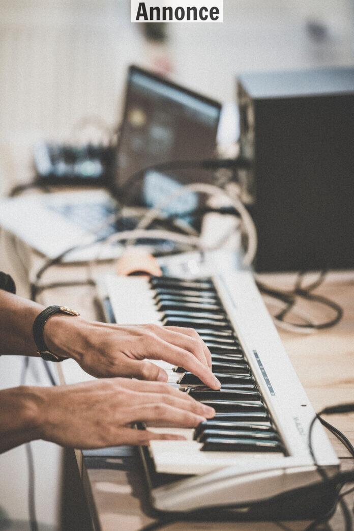 Jeg er begyndt at spille keyboard igen